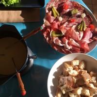 fondue_auvergnate_cocotte_bleue